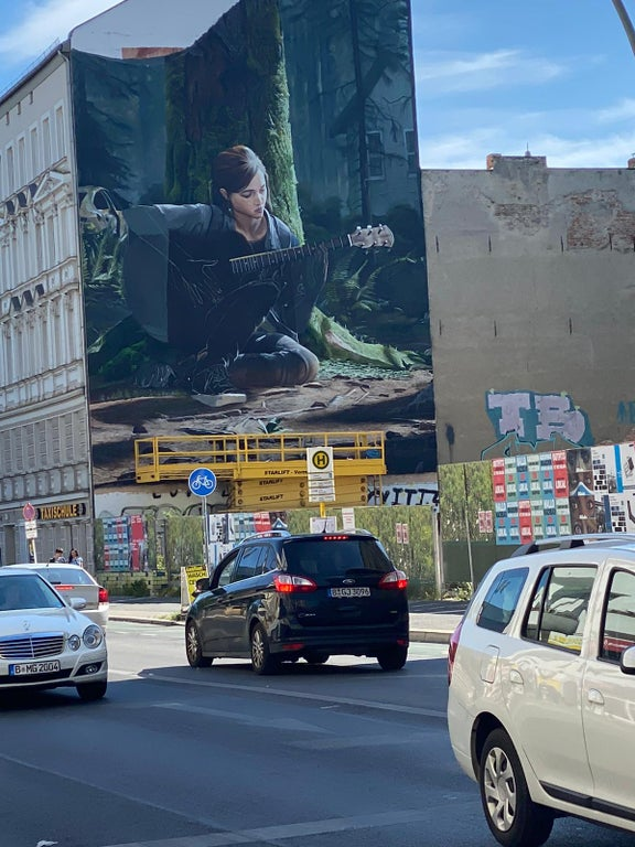 the last of us part 2 mural