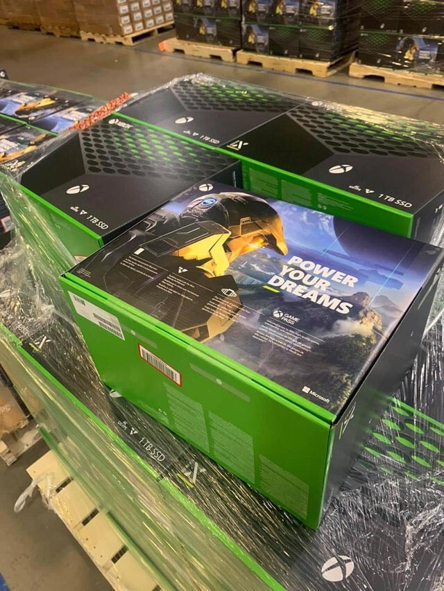 xbox series x console retail box